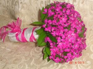 Bouquet compacto de clavelina