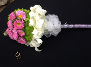 Bouquet con popis, pinocho y lirio