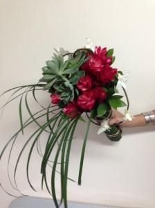 Bouquet de ginger, suculentas, dendrobium y pincel