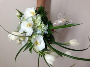 Bouquet de hortensia, Phalenopsis y tulipanes